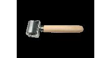 Вспомогательный инструмент для монтажа кровли, сайдинга, забора в Екатеринбурге Валик прикаточный